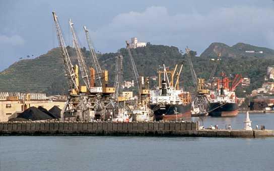 Tarifat e ulëta, mineralet bllokojnë portin