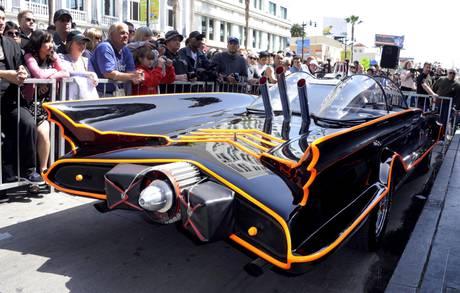 Rekordi, makina e Batman shitet për 4,6mln USD