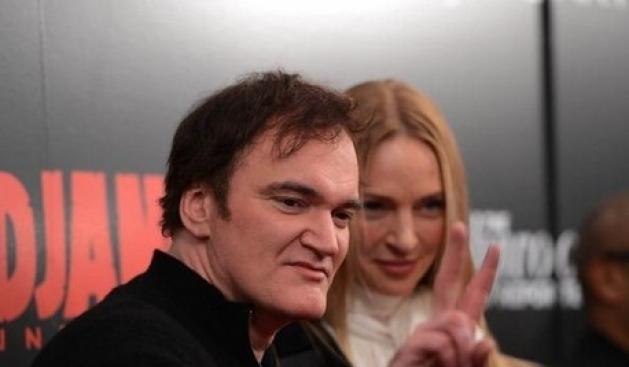 Tarantino mbron skenat e dhunshme pas Newtownit