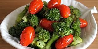 Brokoli dhe domate ja çfarë sëmundje luftojnë