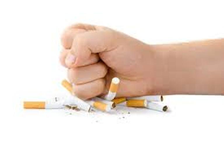 Ja cila është zgjidhja më e mirë për të lënë duhanin