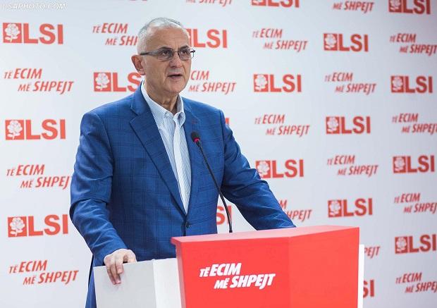 Petrit Vasili i zhgënjyer me ndërkombëtarët: Përse në Bjellorusi kërkuat zgjedhje të reja dhe te ne jo