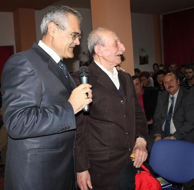 10 vite më parë me Muharrem Rruginë, i vetmi që jetonte nga brezi i vitit 30-të