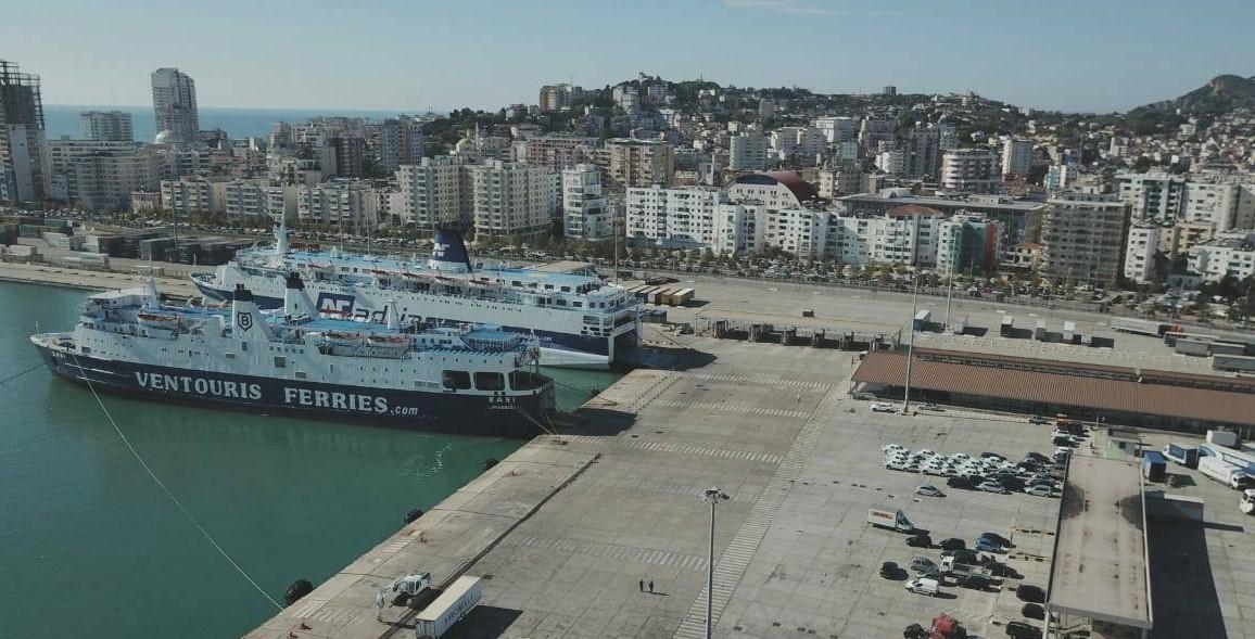 Në këto data kandryshime të grafikut të trageteve Durrës-Bari-Durrës, njoftim i rëndësishëm për udhëtarët