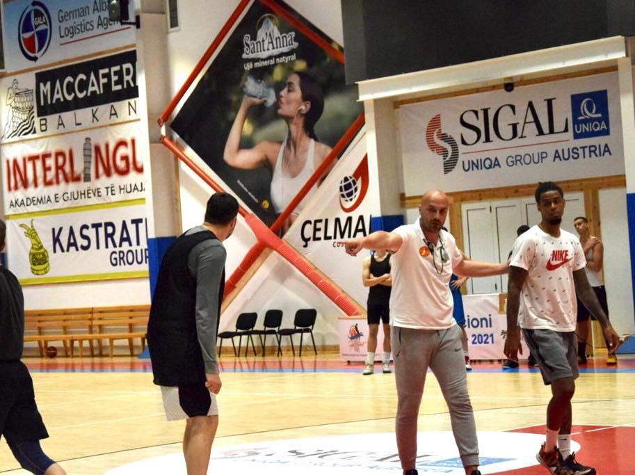 """Trajneri malazez merr drejtimin e skuadrës durrsake, """"Goga Basket"""""""