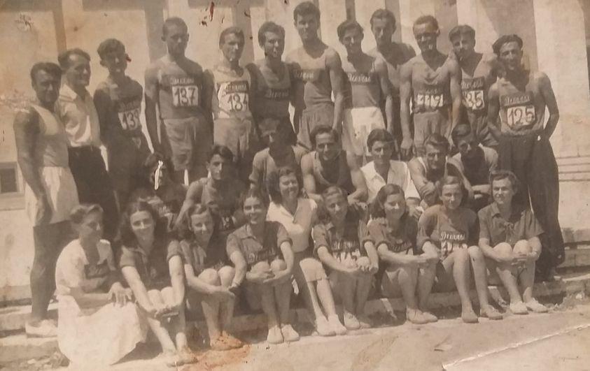 Miniera e pambarim e atletikës së Durrësit, emra që dhe sot na bëjnë krenarë