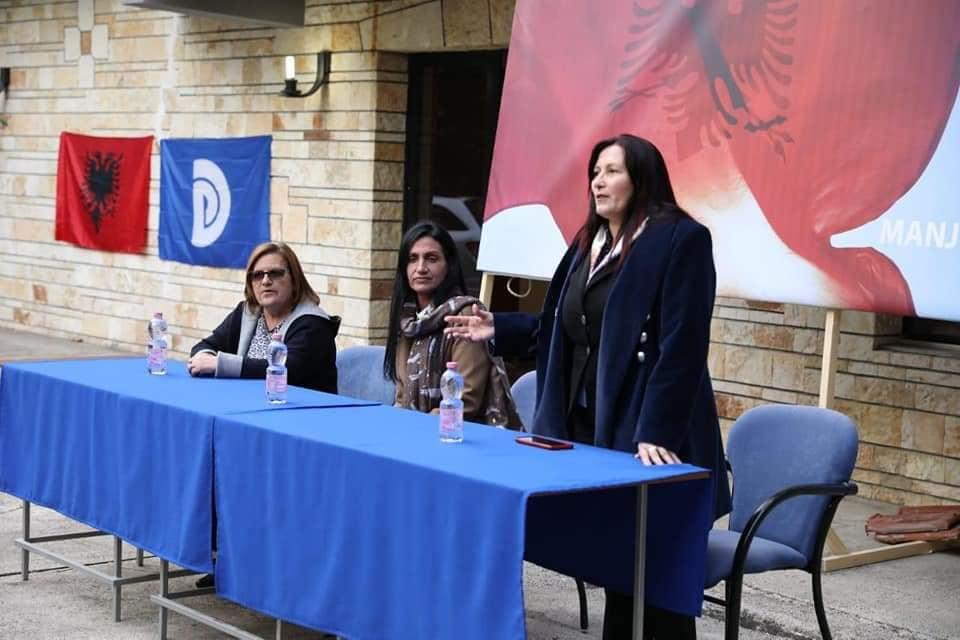 Pakënaqësi brenda PD Durrës, kryetarja e LDG-së: Vlerësohen ata që nuk bënë asnjë ditë punë