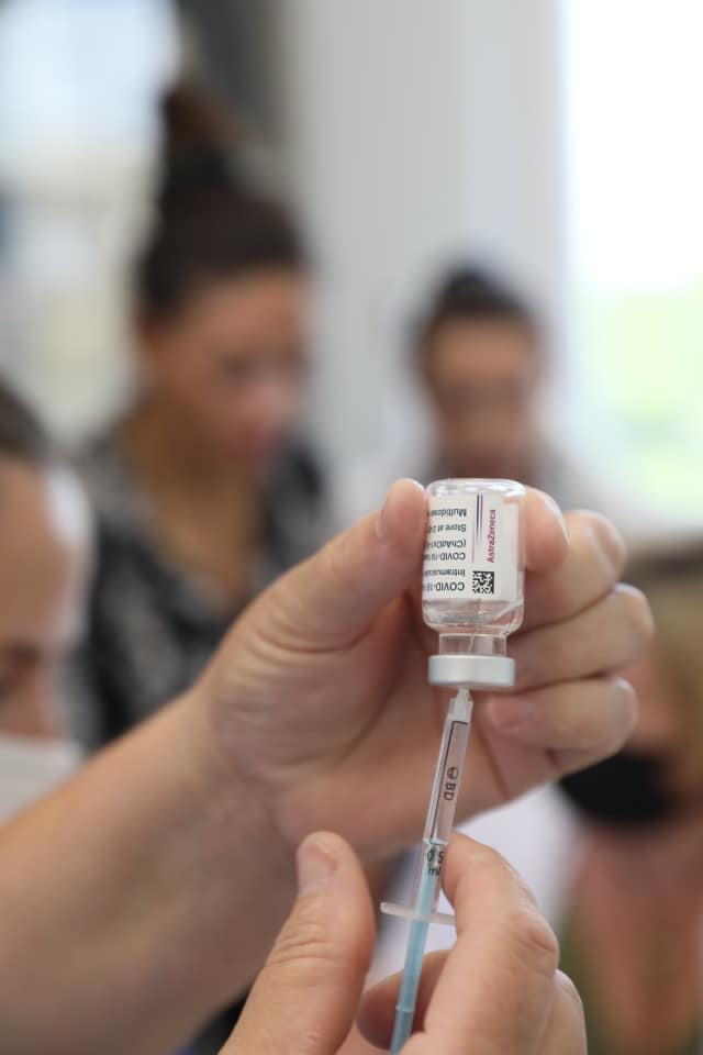 Nis java e vaksinimit të hapur