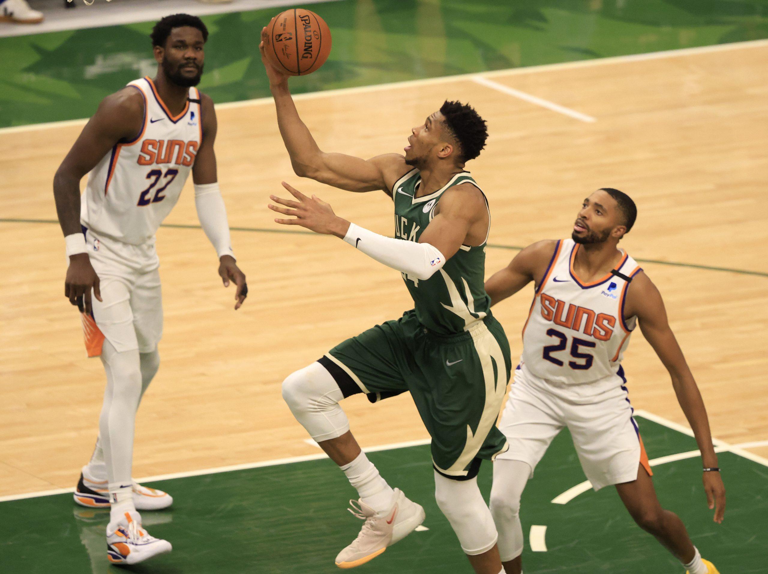 NBA, vendos parketi, Bucks barazojnë 2-2 serinë ndaj Suns!