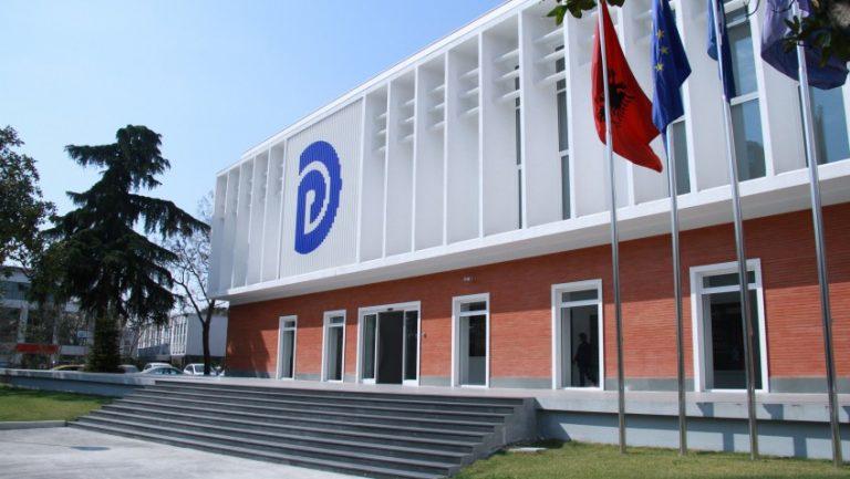 Ndryshimet në statutin e PD, rrëzohet drafti i Kadillit dhe Harxhit, kalojnë propozimet e Bashës