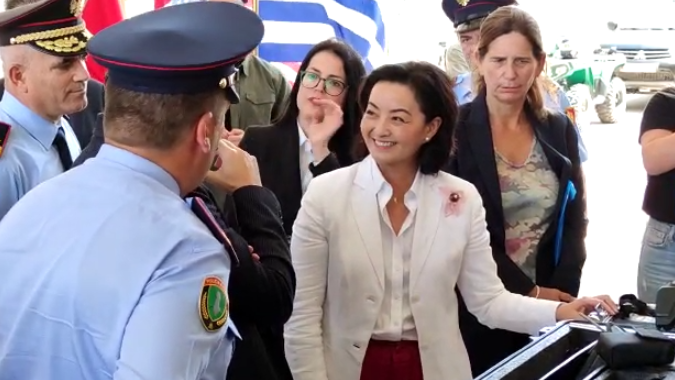 SHBA dhuron pajisje për doganën, Kim: Mbrojtja e kufijve, e rëndësishme për sigurinë rajonale