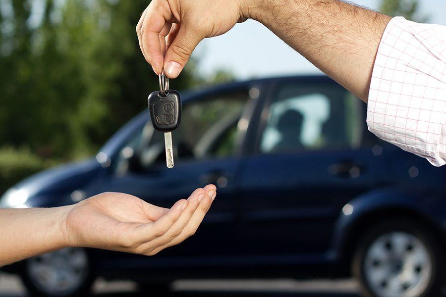 Pjesa më e madhe e shqiptarëve nuk kanë mundësi të blejnë shtëpi dhe as makinë