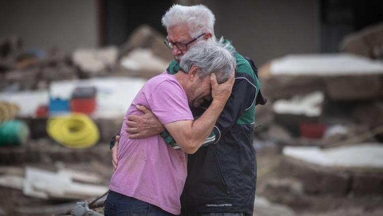 Zyrtarët në Gjermani: 150 të humbur nga përmbytjet ka pak gjasa të gjenden gjallë