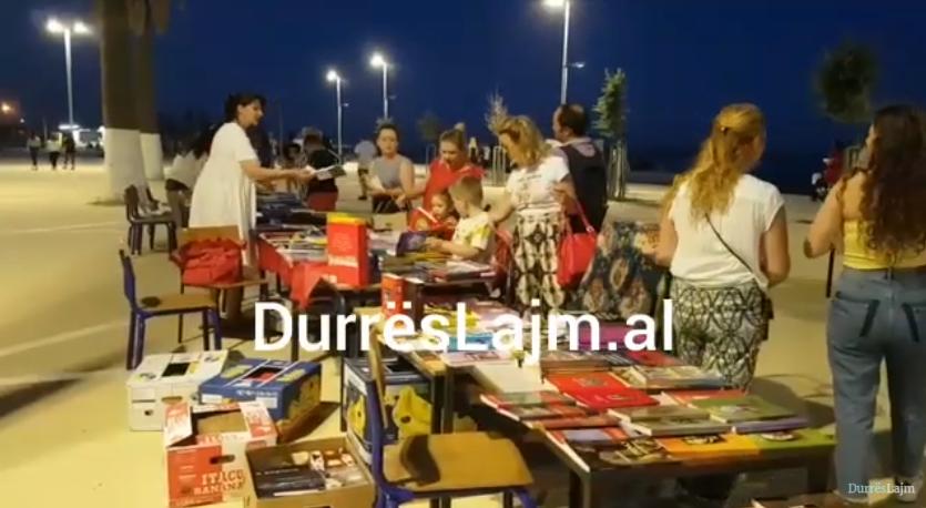 Hap siparin panairi i librit në Durrës (VIDEO)