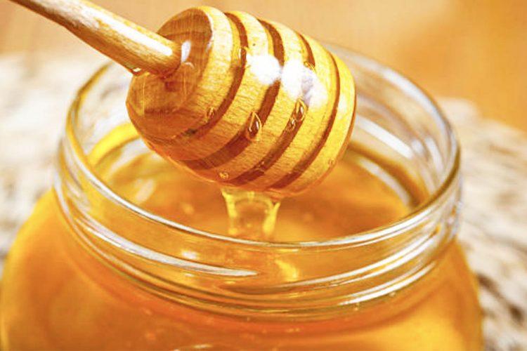 Si të kujdeseni për mjaltin gjatë ditëve të nxehta