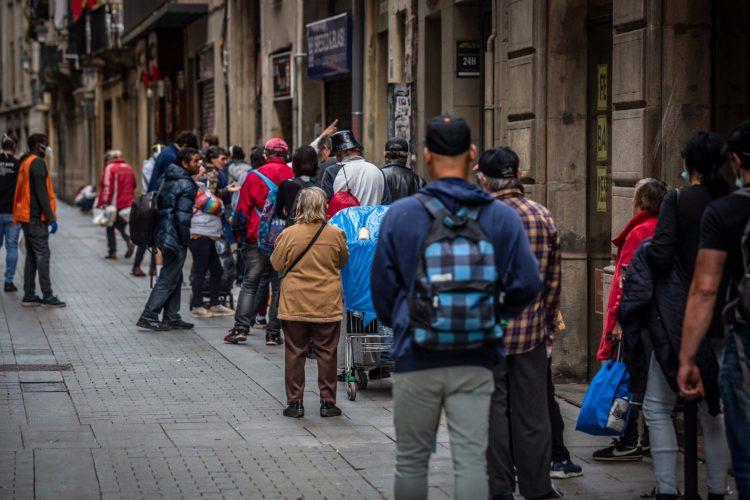 Shqipëria dhe Mali i Zi me përqindjen më të lartë të popullsisë që nuk përmbushen nevojat mujore me veshje dhe ushqime më 2020