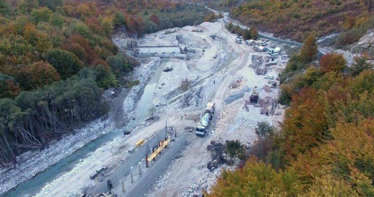 Gjykata e Lartë merr vendimin: Pezullohet ndërtimi i HEC-eve në Valbonë