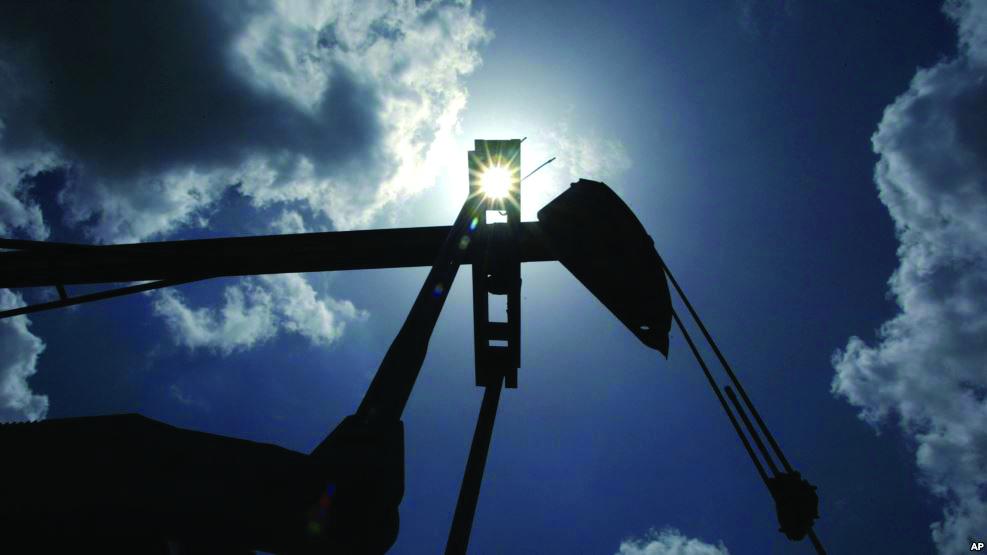 Importet e mallrave rriten në 6-mujor, nafta thyen rekordet e 30 viteve të tranzicionit