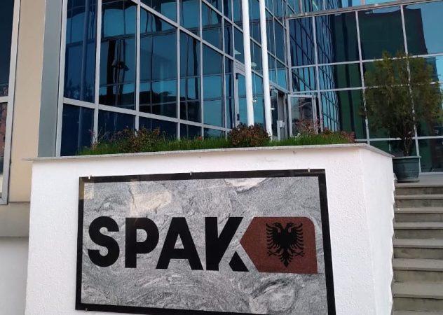Merrte para për të regjistruar pronat, SPAK kërkon 3-vite burg për drejtorin e Kadastrës
