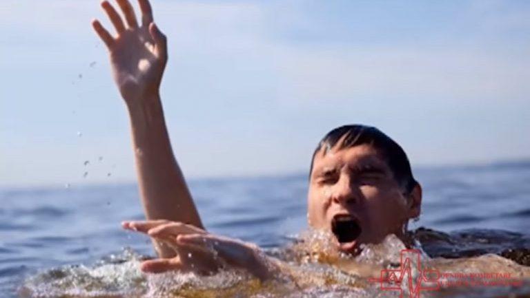 Urgjenca Kombëtare publikon videon: 6 minutat që mund t'ju shpëtojnë jetën në det