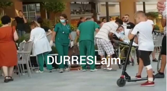 """I riu humb ndjenjat në shëtitoren """"Taulantia"""", dërgohet me urgjencë në spital (VIDEO)"""