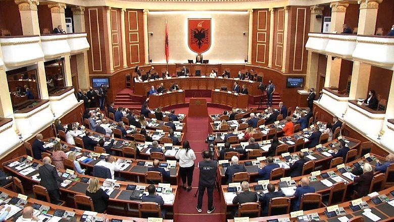 """Kuvendi voton me 77 vota pro qeverinë """"Rama 3"""""""
