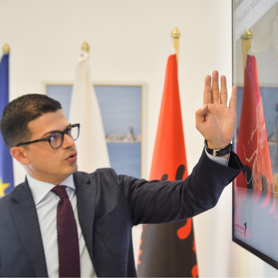 Berisha quajti Ramën gënjeshtar, drejtori Pirro Vengu sqaron të vërtetën për foton e portit të ri të mallrave në Porto Romano
