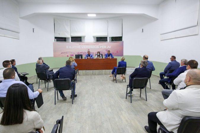 Emërimet në administratë nga PSD/ Plas sherri mes socialistëve: Janë marrë drejtorë nga rruga dhe pa kontribute në PS