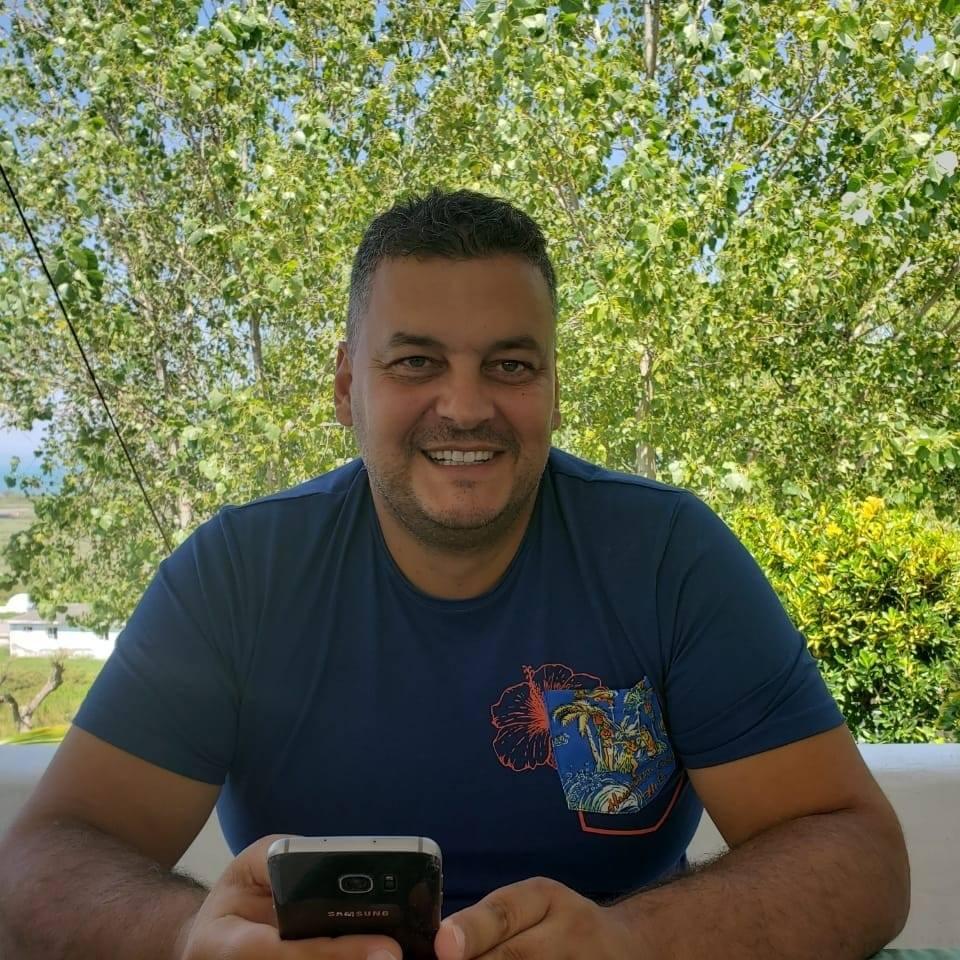 Largimi i Berishës/ Nënkryetari i PD Durrës, Dritan Burgija: Vendimmarrje të tilla nuk i takojnë një personi të vetëm