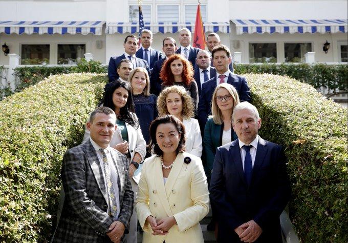 Ambasadorja Kim takon prokurorët e SPAK: 80 mln € të konfiskuara, rezultate reale