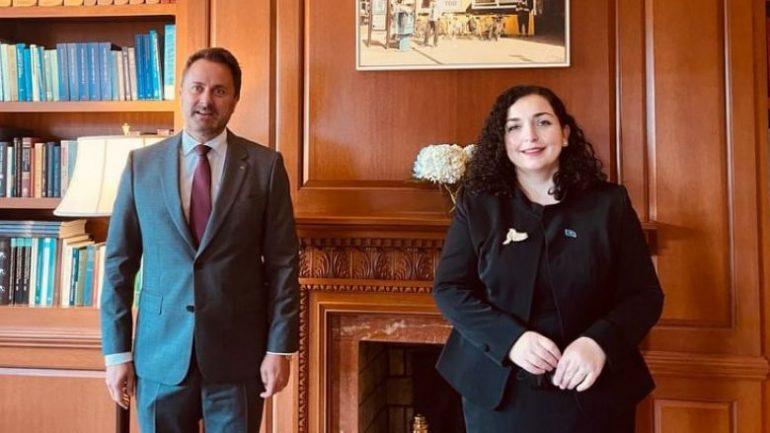 Presidentja Osmani: Kosova është pro vazhdimit të dialogut me Serbinë