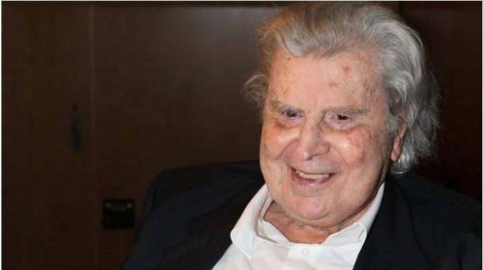 Muzikant, kompozitor dhe politikan grek, ndërron jetë në moshën 96-vjeçare Mikis Theodorakis