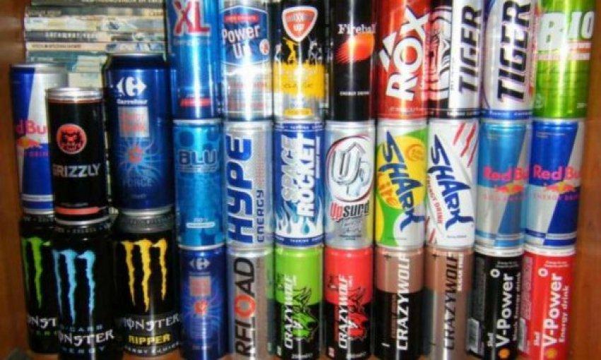 Konsumoi 12 pije energjike, e reja përfundon në spital