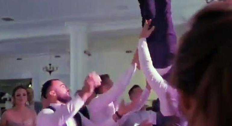 Shokët hedhin dhëndrin në ajër, i riu thyen shtyllën kurrizore (VIDEO)