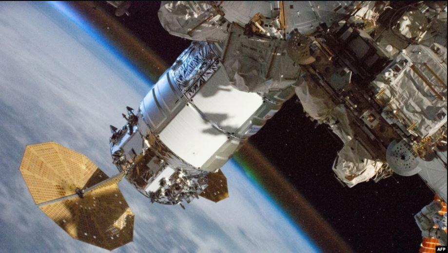 Të mërkurën nis fluturimi i parë rreth orbitës së Tokës me turistë të hapësirës