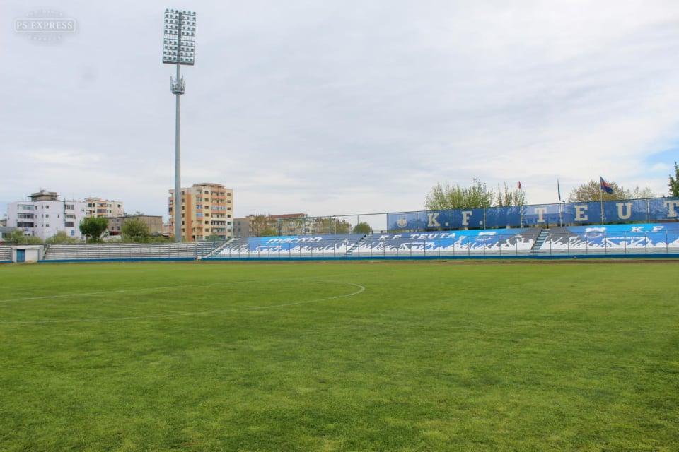 """Fusha e """"Niko Dovanës"""", ka ende dilema se ku do luajnë kampionët"""