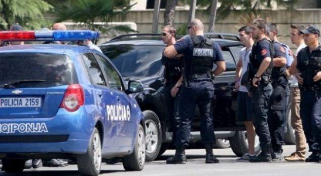 Shkatërrohet grupi kriminal i shpërndarjes së drogës, arrestohen 8 persona, në kërkim një infermier (EMRAT)