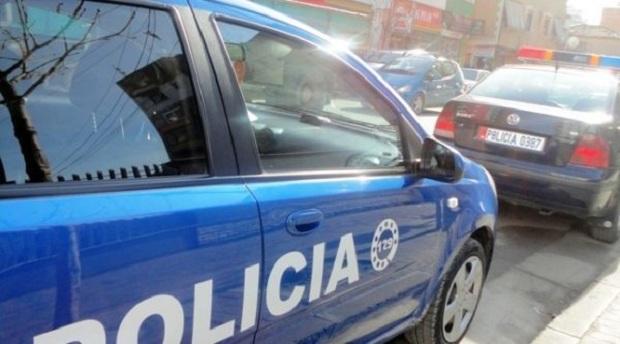 Falsifikim i dokumentave dhe kalim i paligjshëm i kufirit, arrestohet 25-vjeçari italian