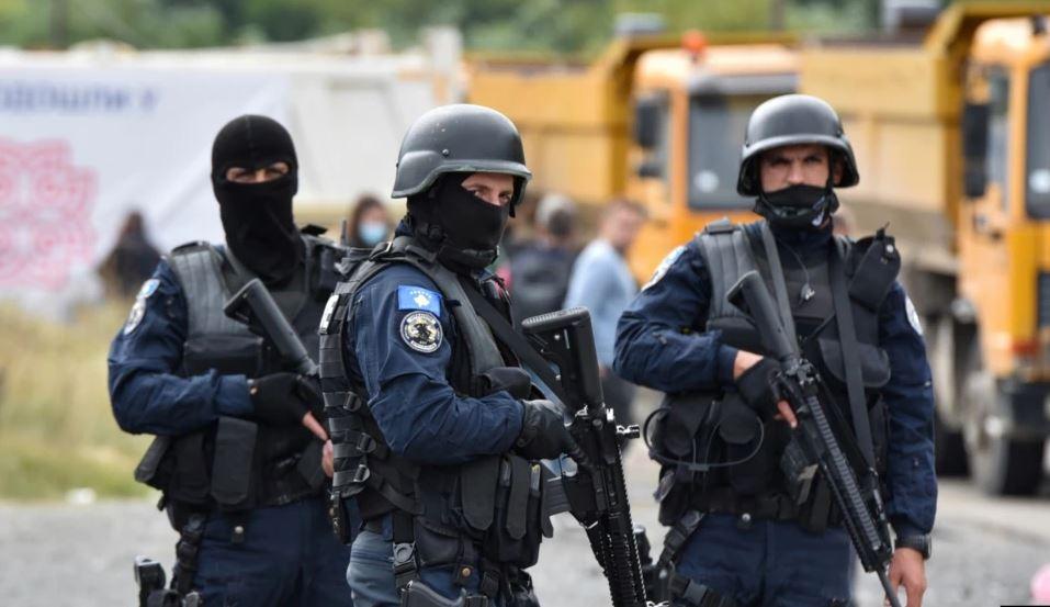 Dita e katërt e bllokadës, Kosova dhe Serbia mbeten të palëkundura