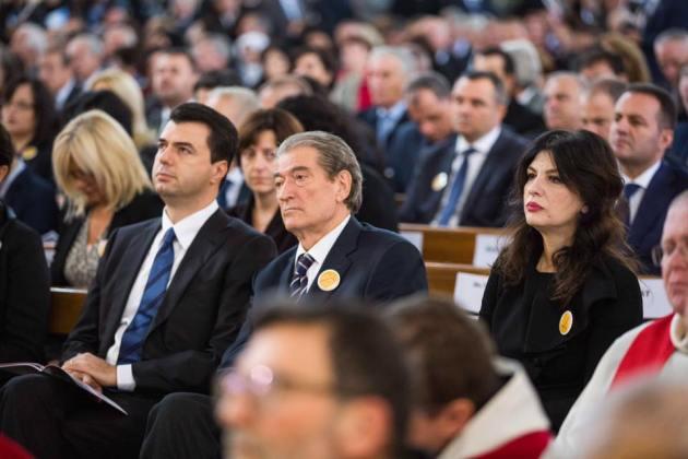 """Topalli: Basha i shitur, jo """"kryetar i thyer"""""""