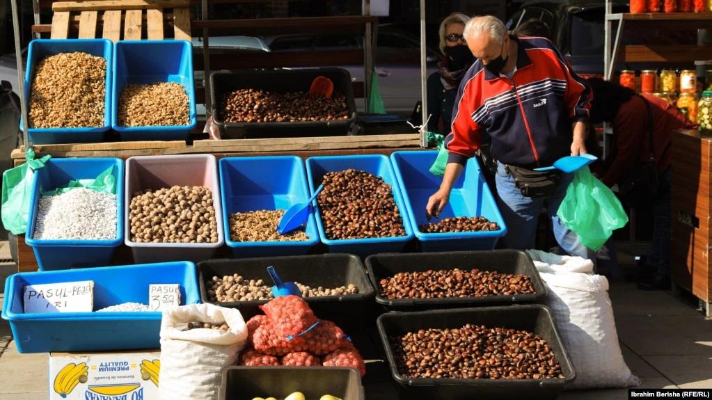 Kosovë, çmimet e ushqimeve rriten me shpejtësi