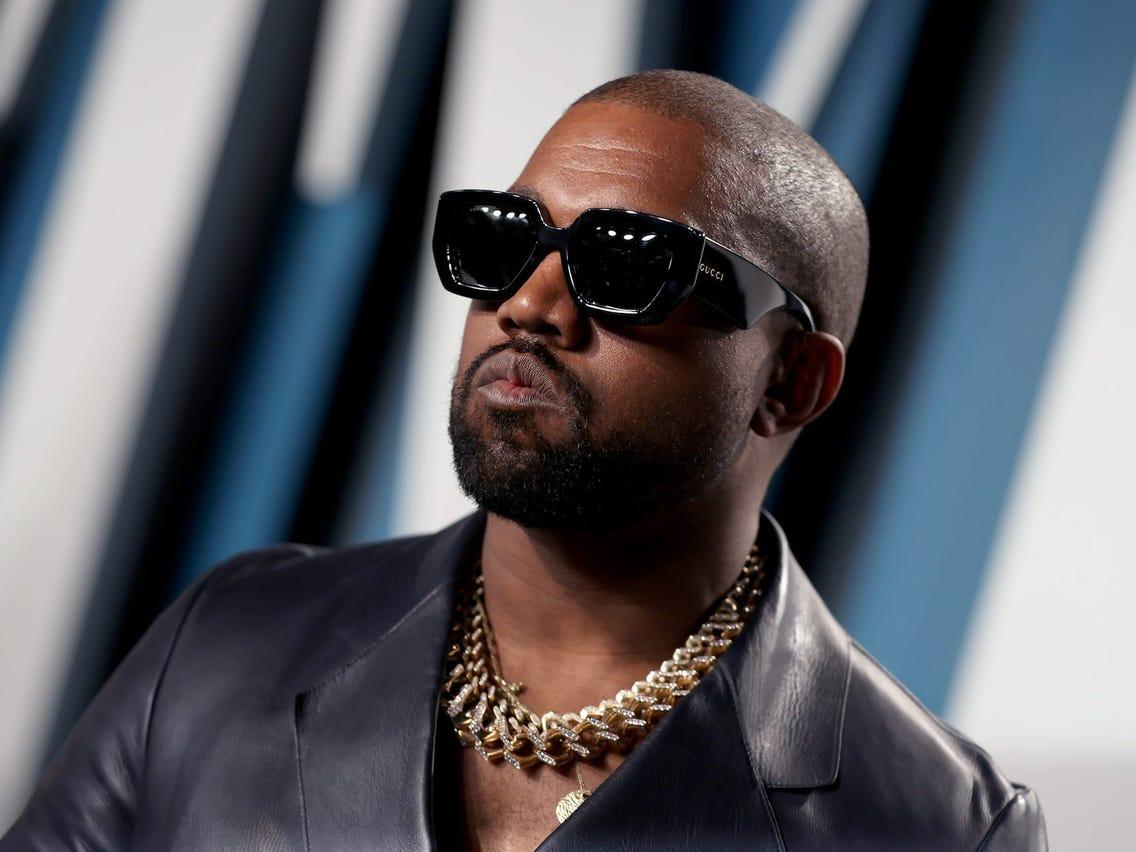 Është zyrtare! Kanye West ligjërisht ndryshon emrin
