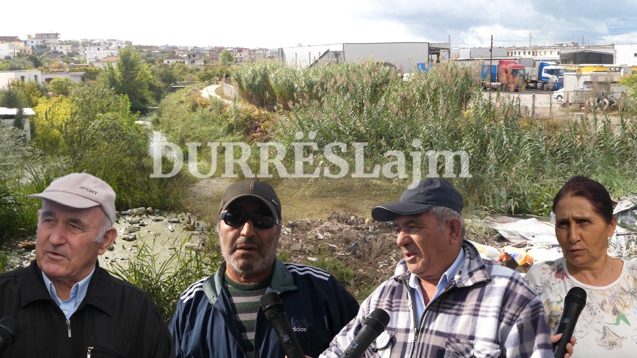 Durrës, kanali i ujërave të larta, rrezik potencial për përmbytjen e shtëpive dhe bizneseve (VIDEO)