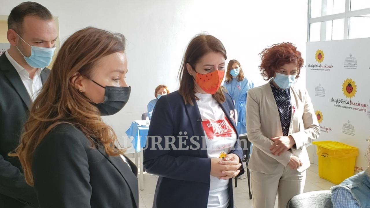 Manastirliu në universitetin e Durrësit: Mësimi do zhvillohet në auditore, do lejohen vetëm studentët e vaksinuar (VIDEO)