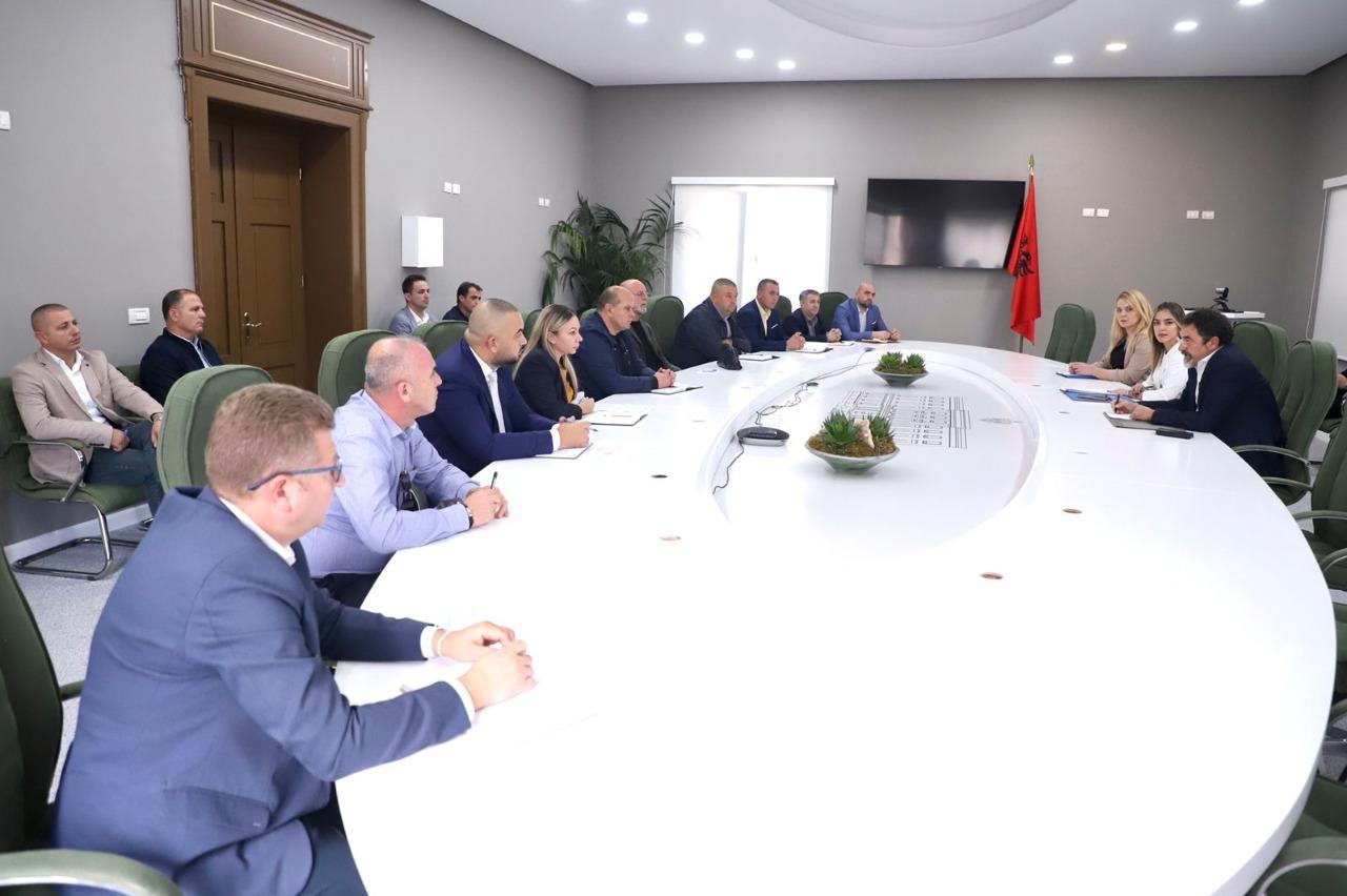 Çuçi urdhër të prerë drejtuesve të IKMT: Nisni shembjen e ndërtimeve që nuk legalizohen!