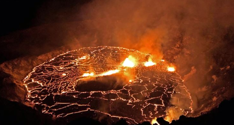 Aktivizohet vullkani Kilauea, që avulloi gjithë liqenin (VIDEO)