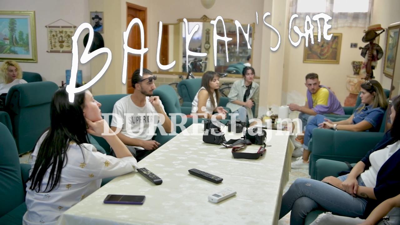 """""""Balkan's Gate""""/ Dhjetëra të rinj prej ditësh në xhirime nëpër Durrës. Projekti 10 ditor finalizohet me 3 filma (VIDEO)"""