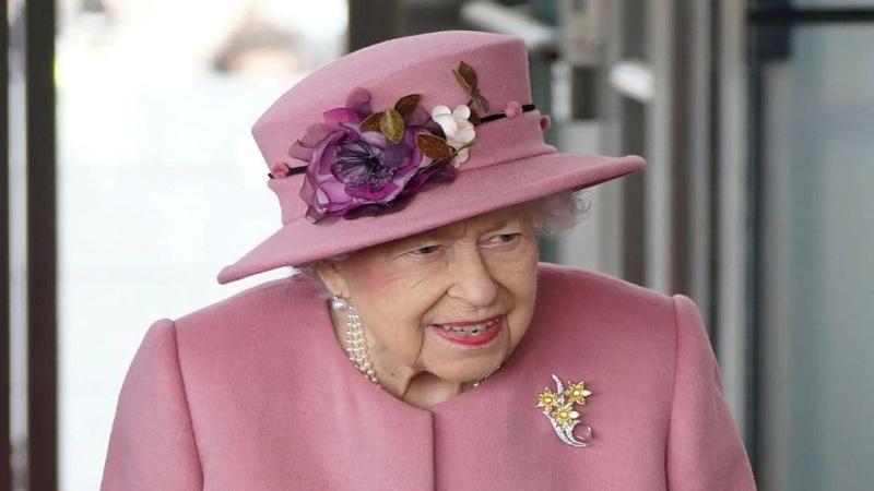 Probleme me shëndetin? Mbretëresha Elizabeth II kalon natën në spital