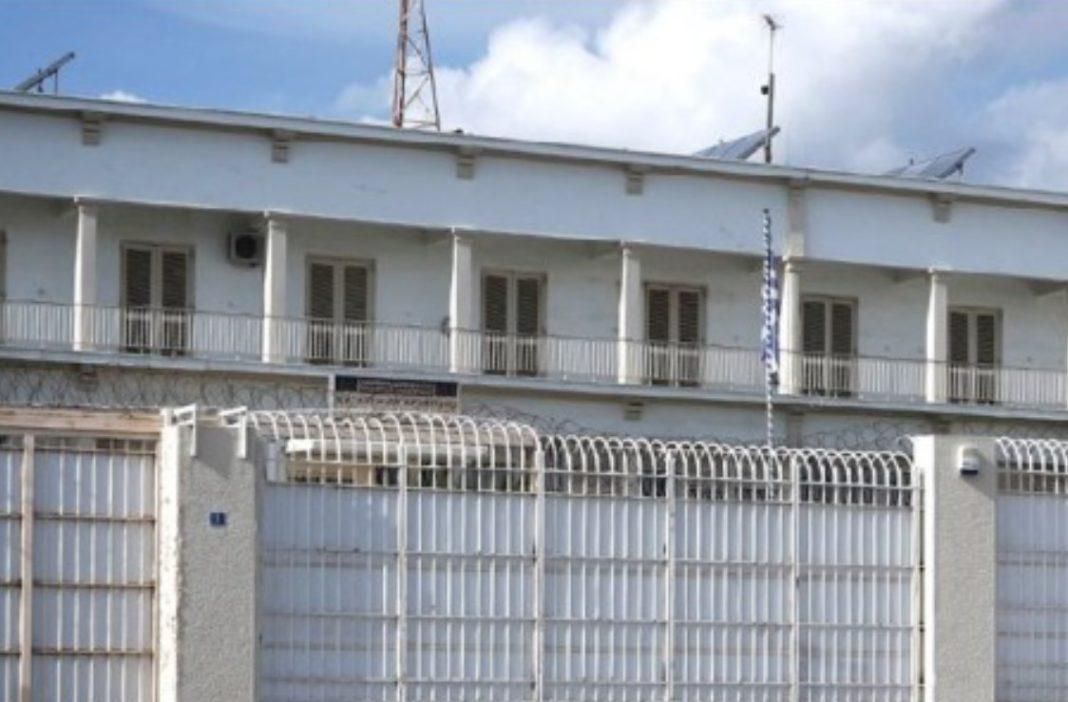 Grevë urie në burg, të dënuarit kërkojnë shtimin e takimeve me familjarët