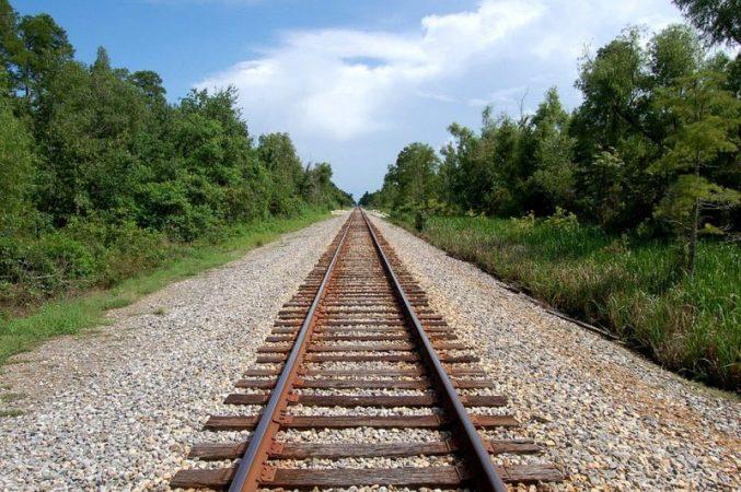 KKT miraton lejet e ndërtimit për hekurudhën Tiranë-Durrës